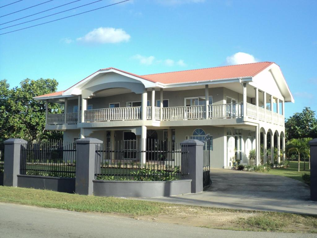 Villa apartments westside nuku alofa tonga for Villas apartments