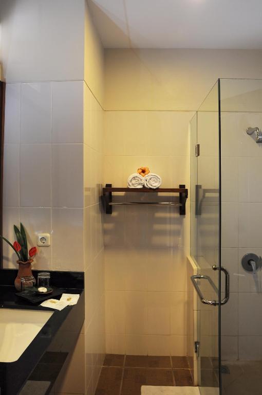 Griya Tetirah Hotel Indonesien Salatiga Booking Com