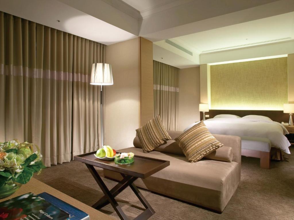 """City Suites - Gateway Hotel""的图片搜索结果"