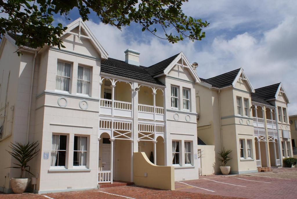 The vic hotel port elizabeth south africa - Port elizabeth airport address ...