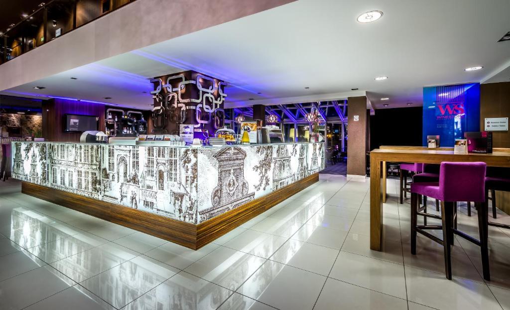 Hotel Mercure Gdansk Stare Miasto Poland Booking Com