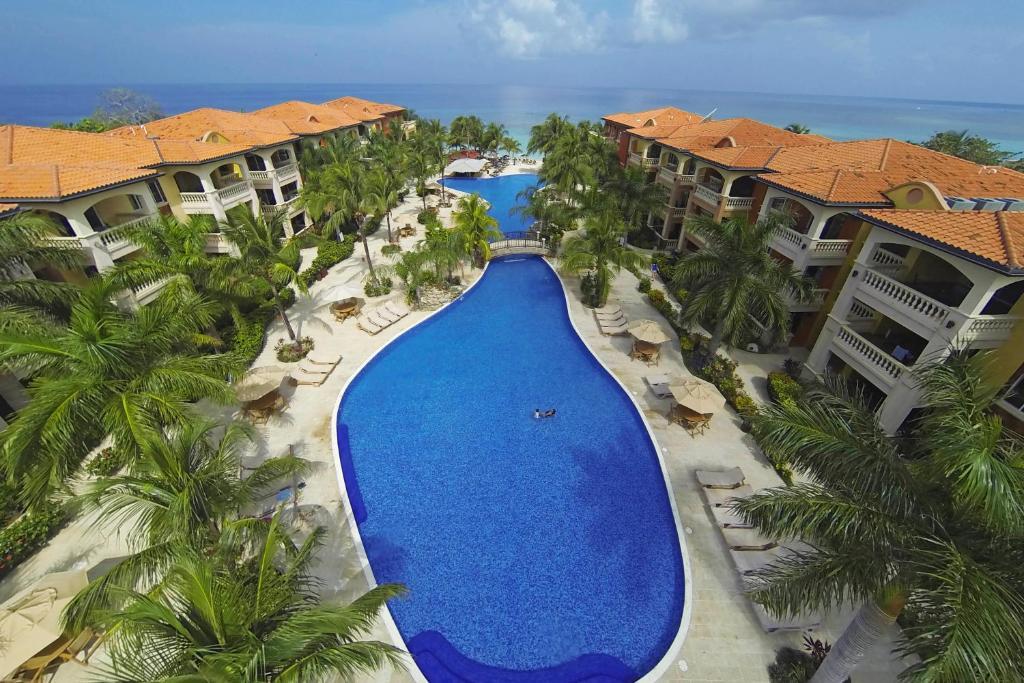 インフィニティベイ スパ & ビーチ リゾート(Infinity Bay, Spa & Beach Resort)