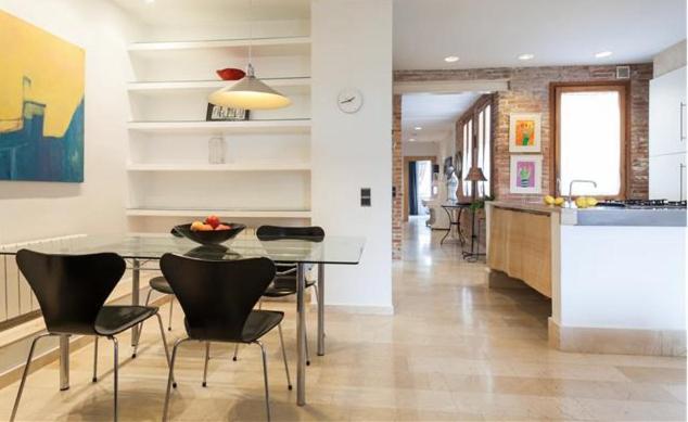Apartamentos Roger de Flor fotografía