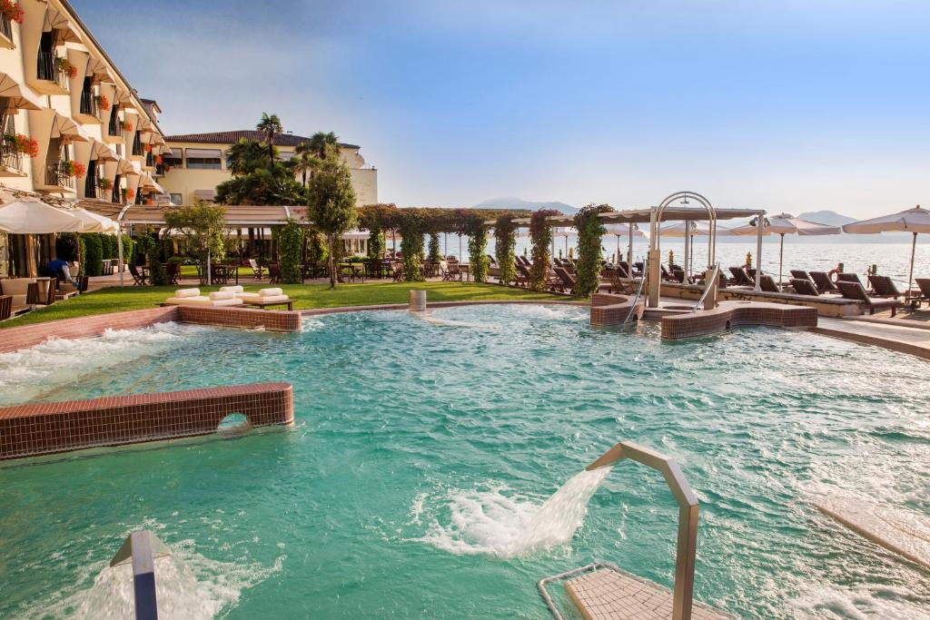 Grand Hotel Terme Sirmione Italy Booking Com