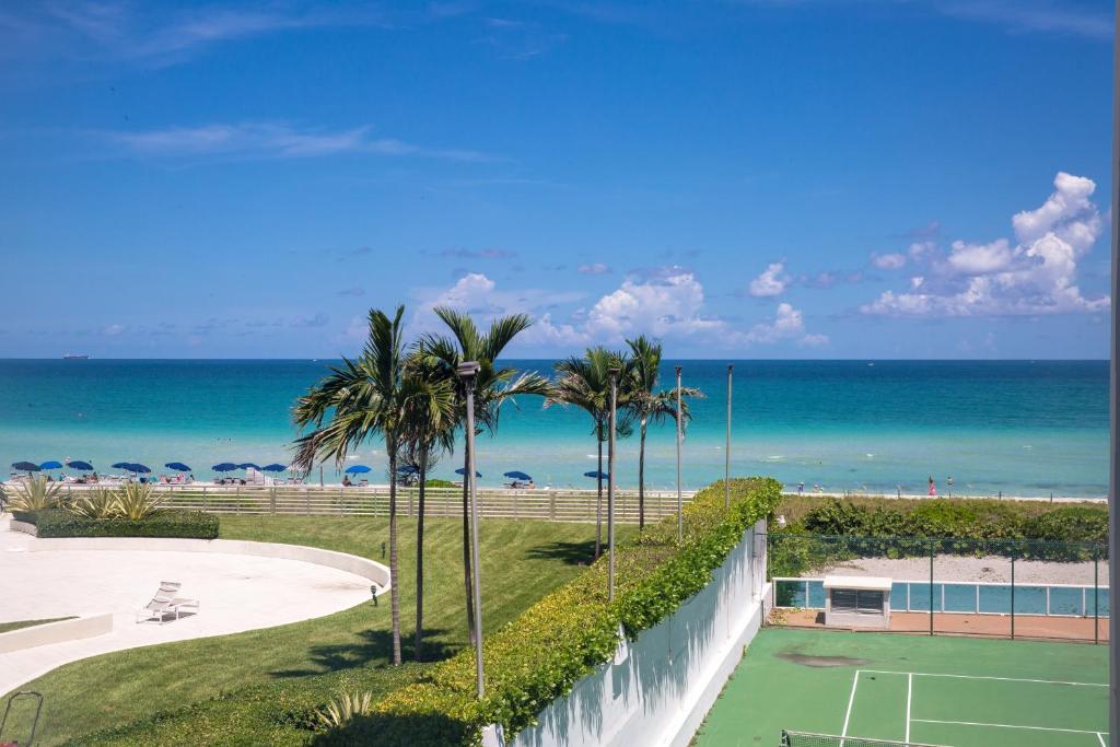 Condo Hotel Oceanfront Contemporary Suites Miami Beach FL