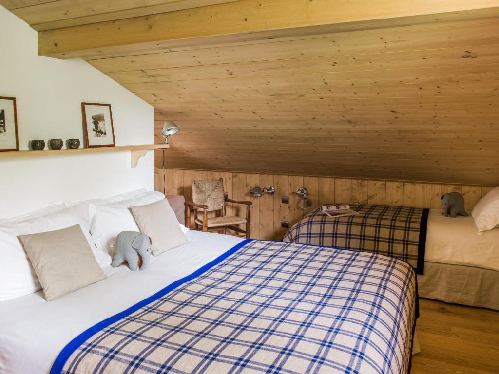 Lecornu Bedroom Suites Les Chalets Des Liarets Chamonix Mont Blanc France Bookingcom