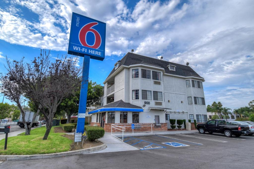 Motel 6 Escondido Reserve Now Gallery Image Of This Property
