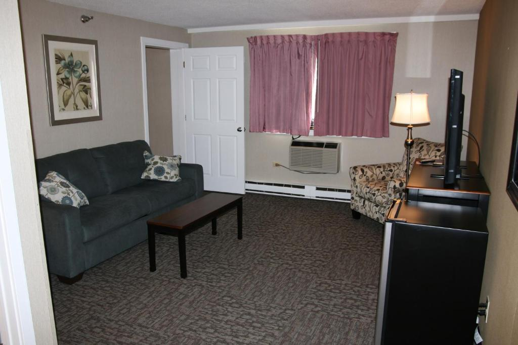 bangor inn suites me booking com