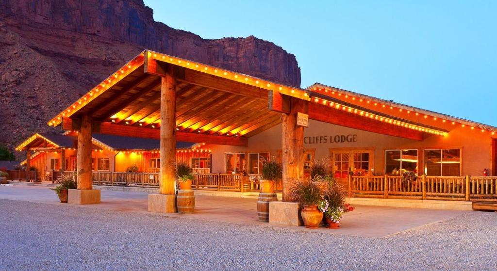 Red Cliffs Lodge  Moab  Ut