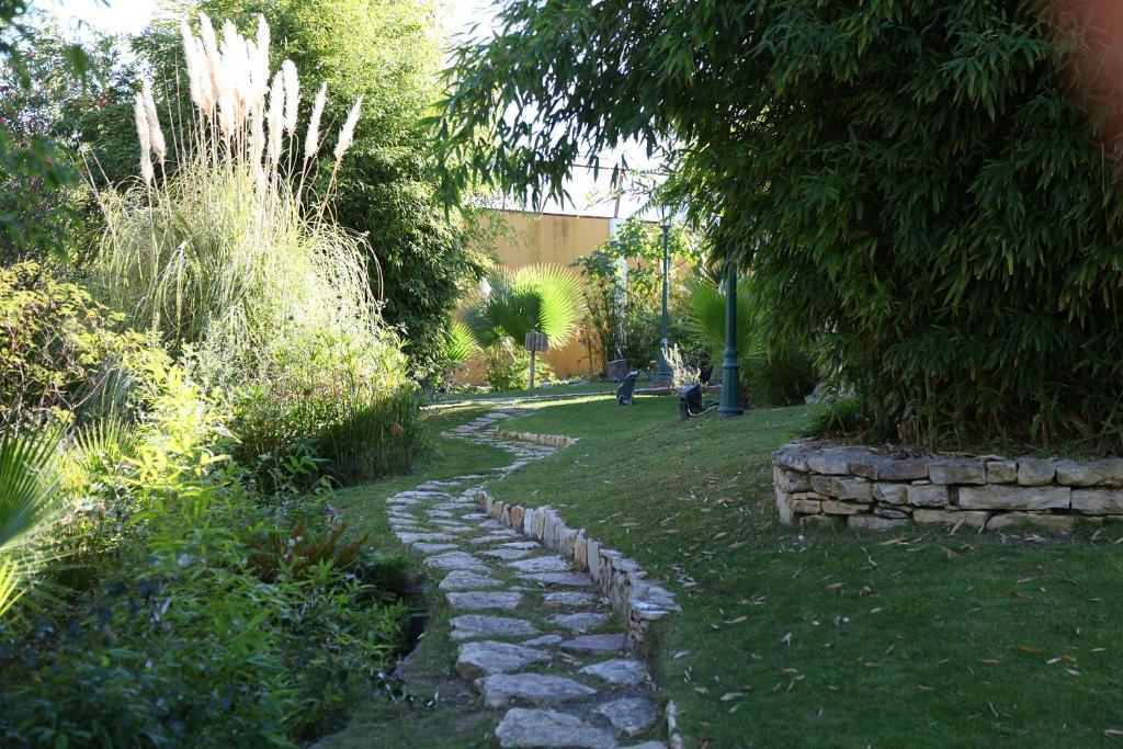 A garden outside Casa de Campo - Quinta Lagus