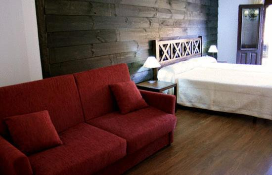 boutique hotels in mogarraz  13