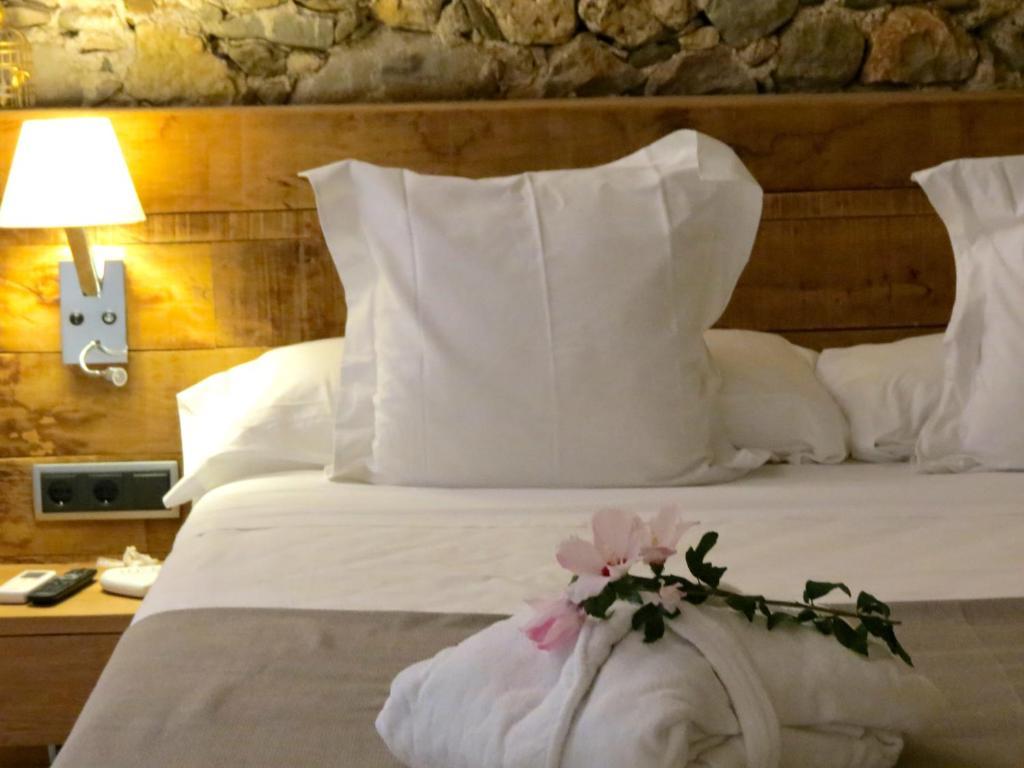 hoteles con encanto en bordils  13