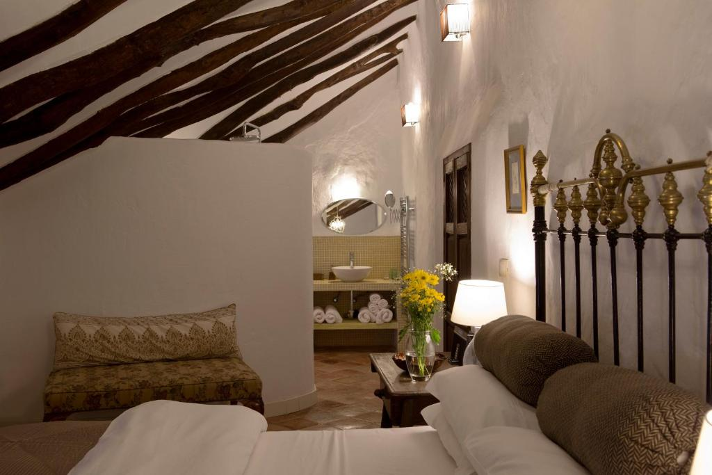 boutique hotels in málaga  285