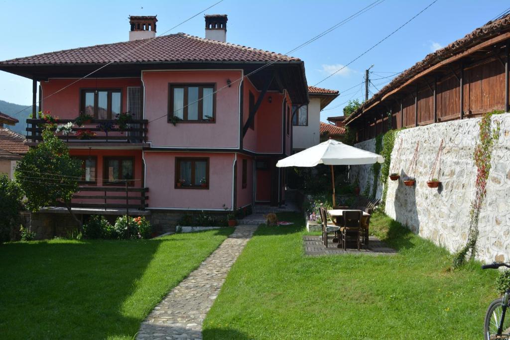 Къща за гости Къщата на Жана - Копривщица