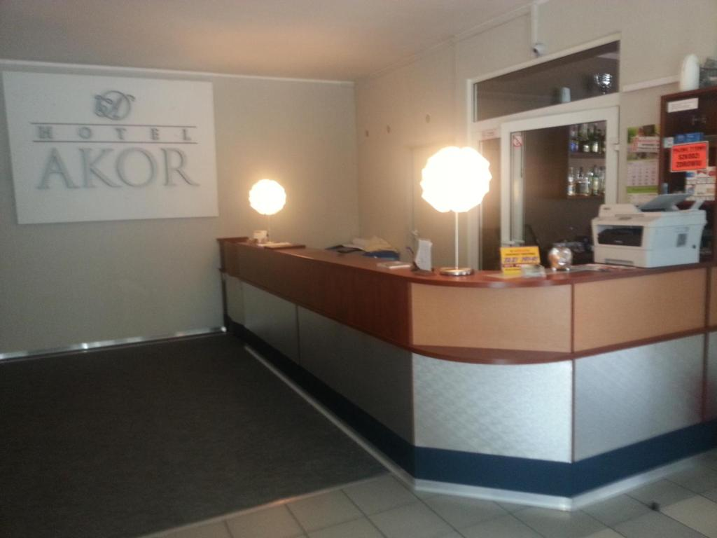 The lobby or reception area at Hotel Akor