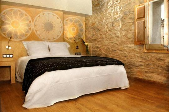 boutique hotels in catalonia  399