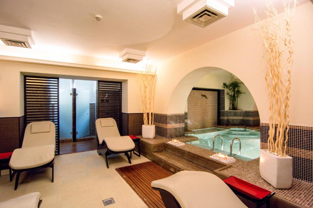 Terrazza Marconi Hotel&Spamarine (Italien Senigallia) - Booking.com