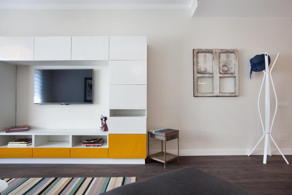 consell de cent apartment barcelona spain booking com rh booking com