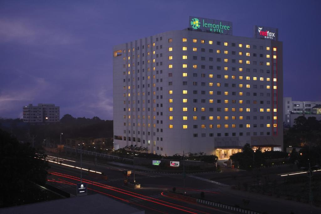 Hotel lemon tree hitec city hyderabad india - Swimming pool construction cost in hyderabad ...