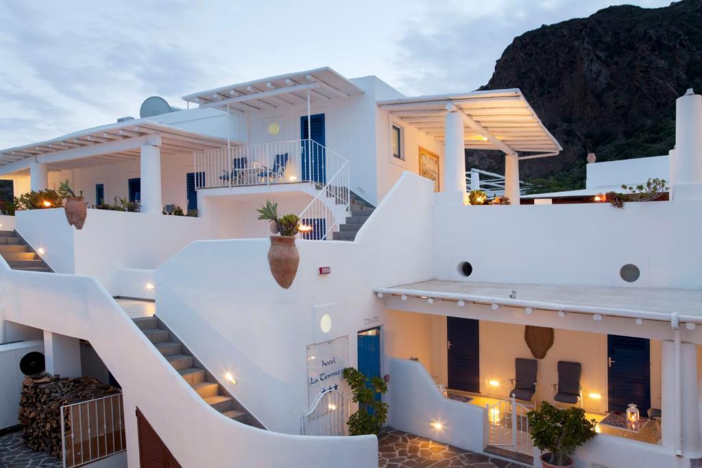 Stunning Hotel La Terrazza Panarea Gallery