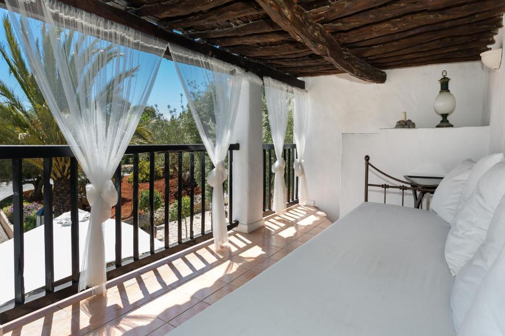 boutique hotels in santa gertrudis de fruitera  43