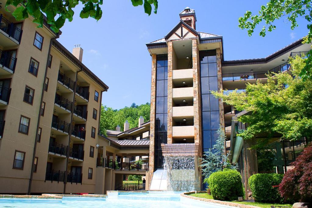 Gatlinburg Town Sq Resort Tn