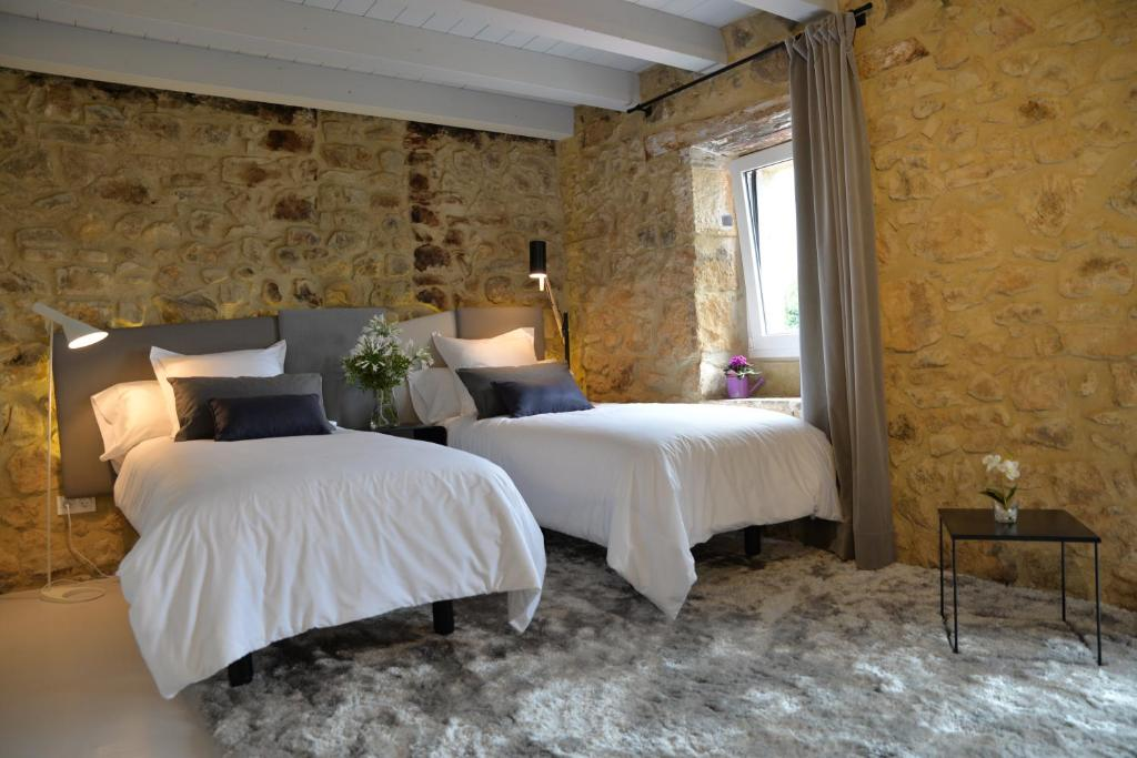 boutique hotels in bizkaia  220