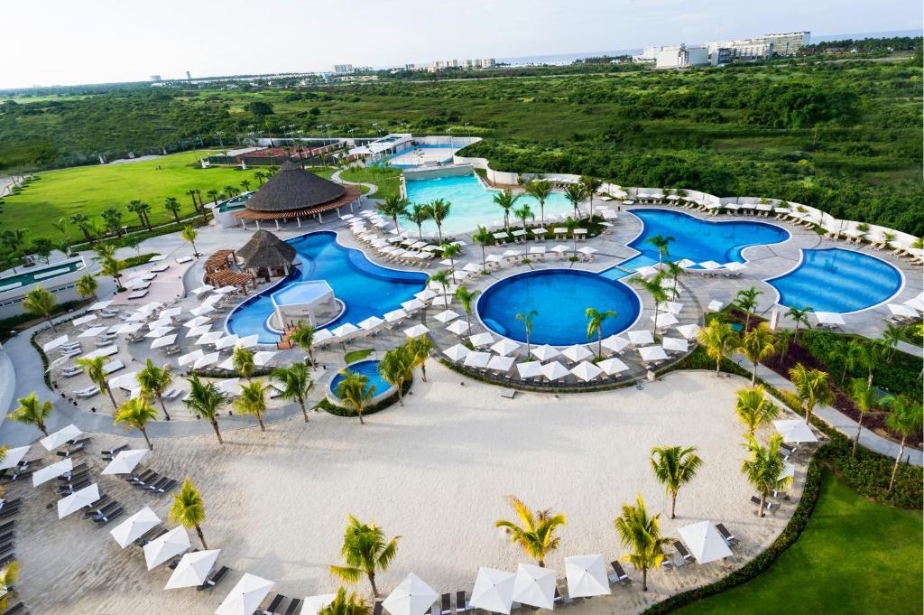 Gallery image of this property Resort Mundo