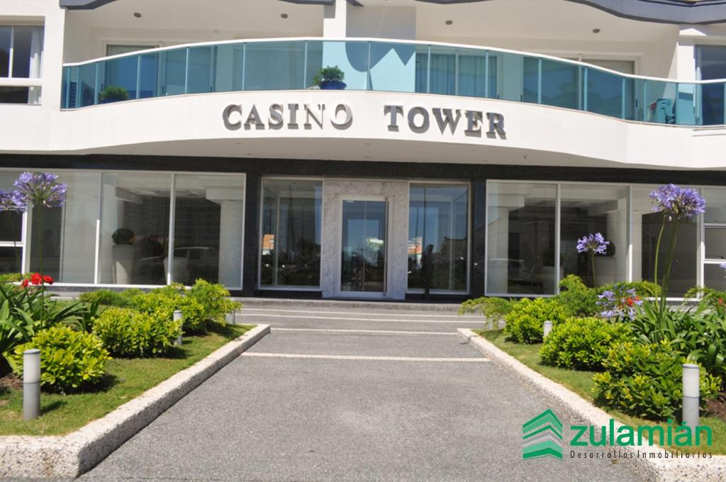 Hotel cerca : Casino Tower
