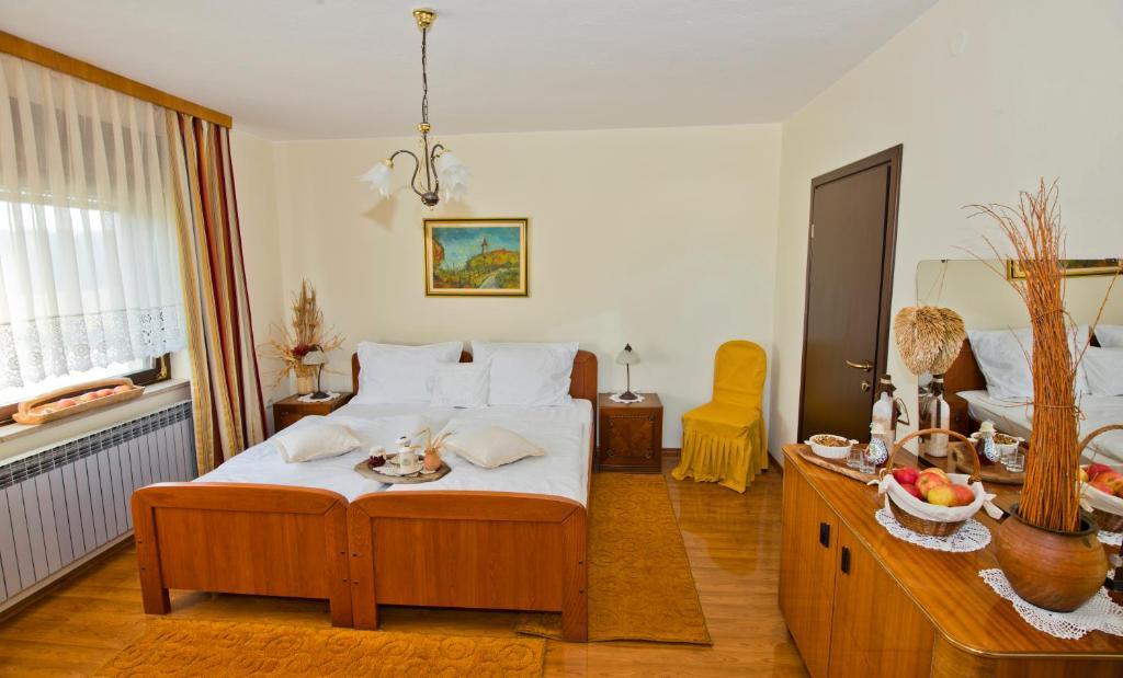rooms ganjer ozalj updated 2019 prices rh booking com  rooms ozalj