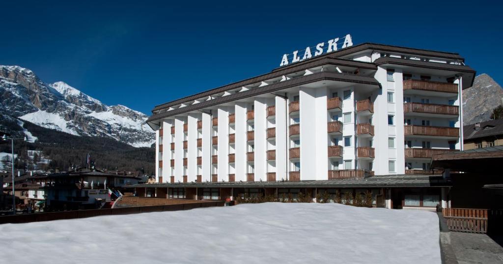 Hotel Alaska Cortina durante l'inverno