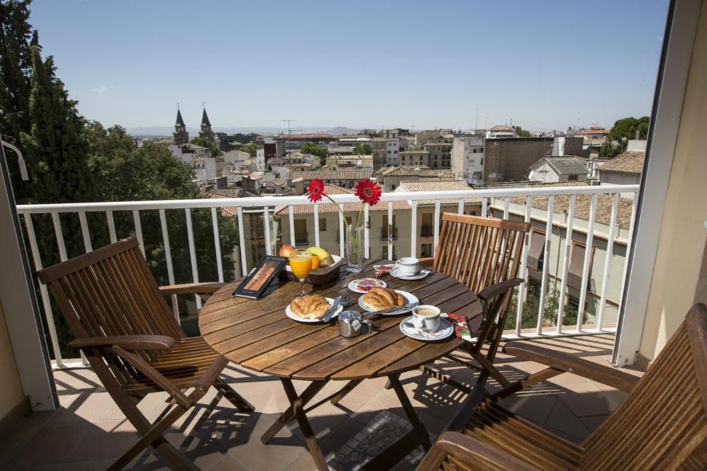 Carlos V Hotel Granada