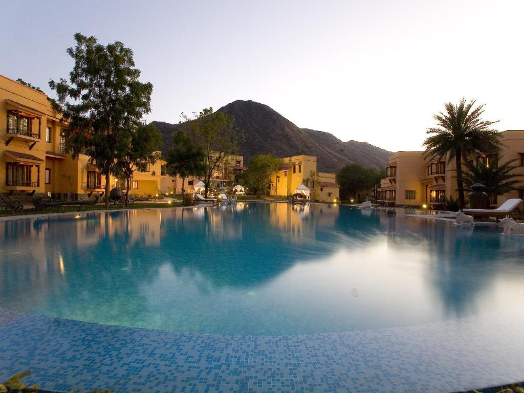 10 Udaipur Resorts That Offer The Most Regal Experiences