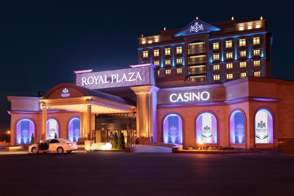 Вакансии в казино в капчагае 2015 играть в фараон казино