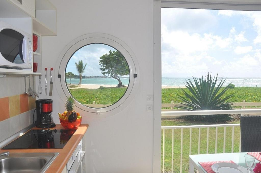 Elegant apartment at crystal beach saint fran ois - Piscine saint francois nice ...