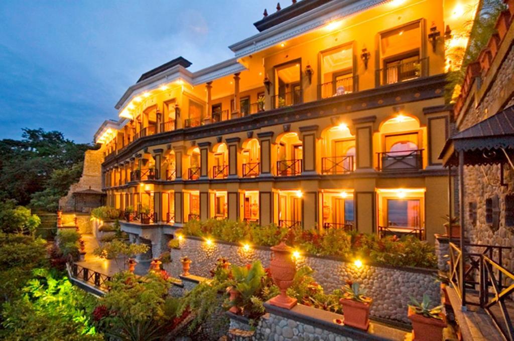 Zephyr Palace Luxury Hotel