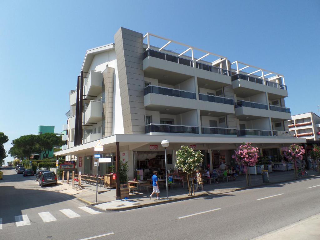 Ferienwohnung Condominio Shedir Italien Bibione Booking Com
