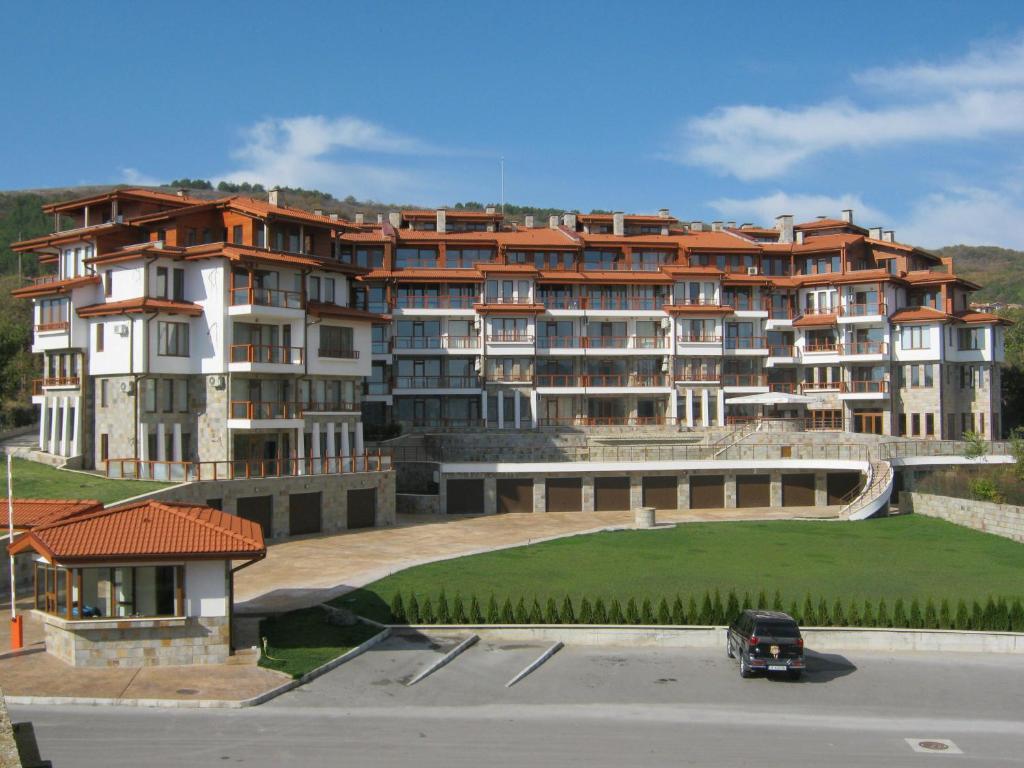 Апартамент Апартаментs In Complex Garden Palace - Балчик