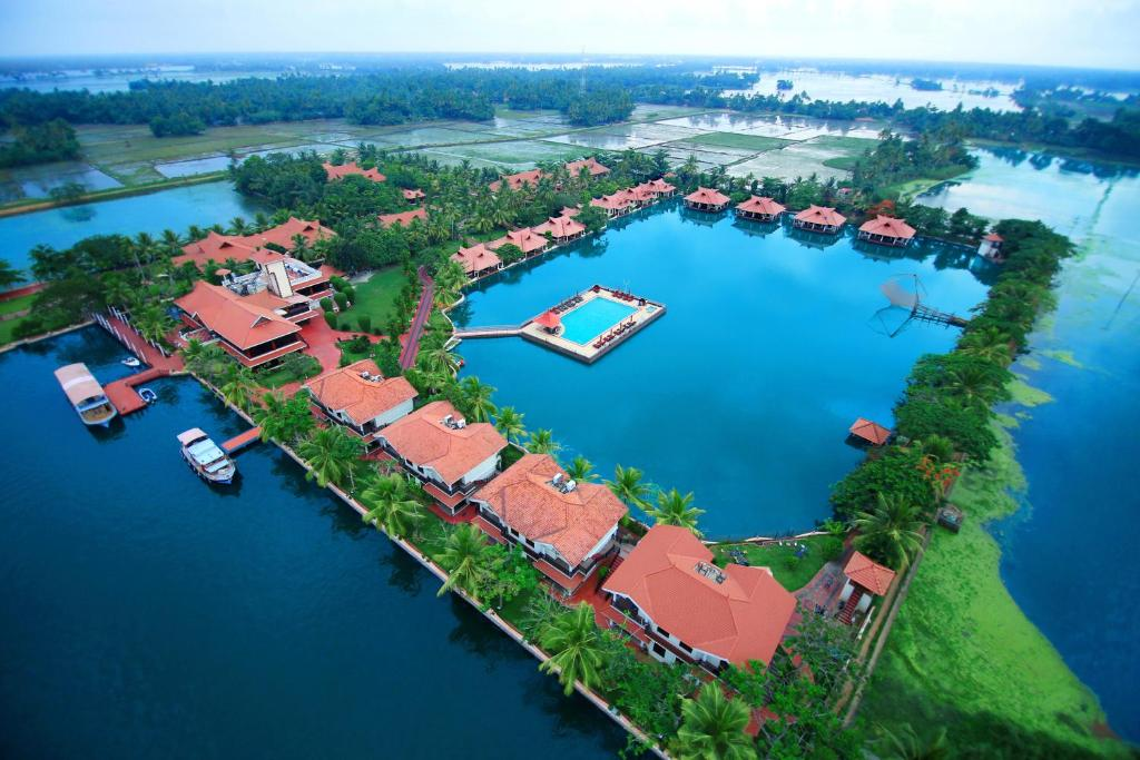 Lake Palace Resort, Alleppey, India - Booking.com