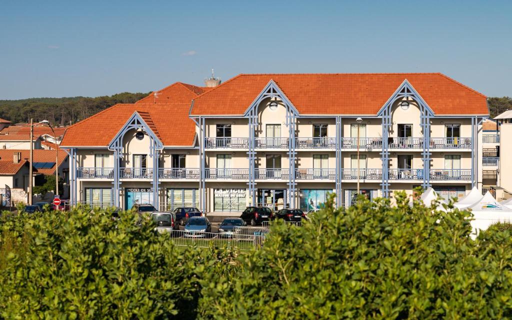 Condo Hotel Les Balcons De L 39 Oc An Biscarrosse France