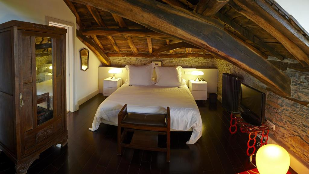 boutique hotels luarca  17
