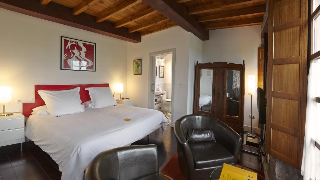 boutique hotels luarca  19