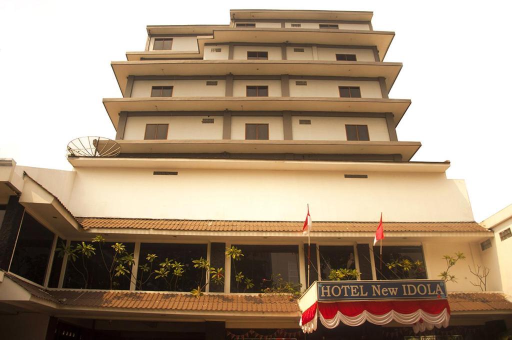 Hotel New Idola Jakarta Indonesia