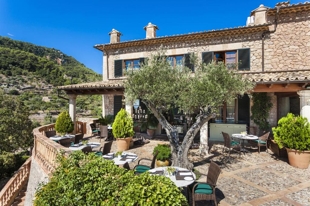 boutique hotels valldemossa  26