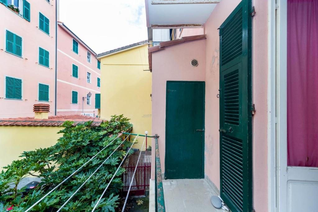apartment riva trigoso mare sestri levante italy