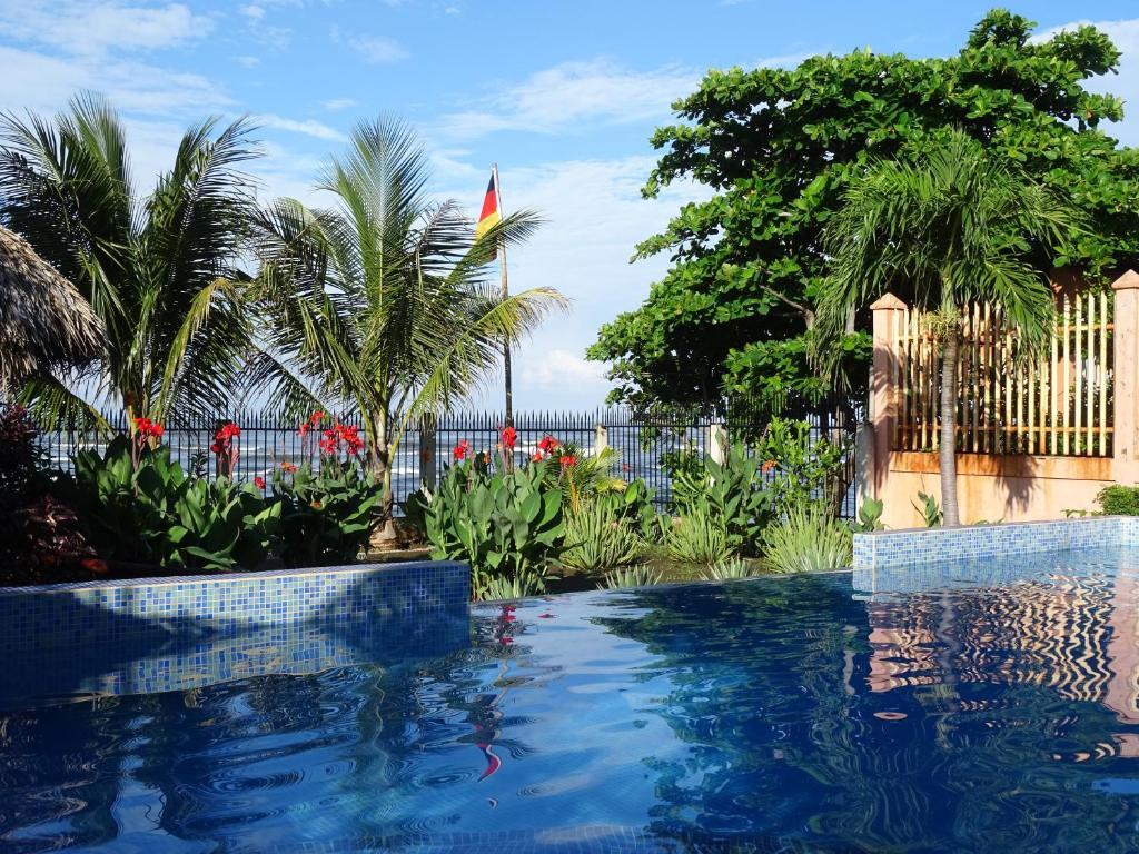 Hotel casa de pacifico masachapa nicaragua - Casa de playa ...