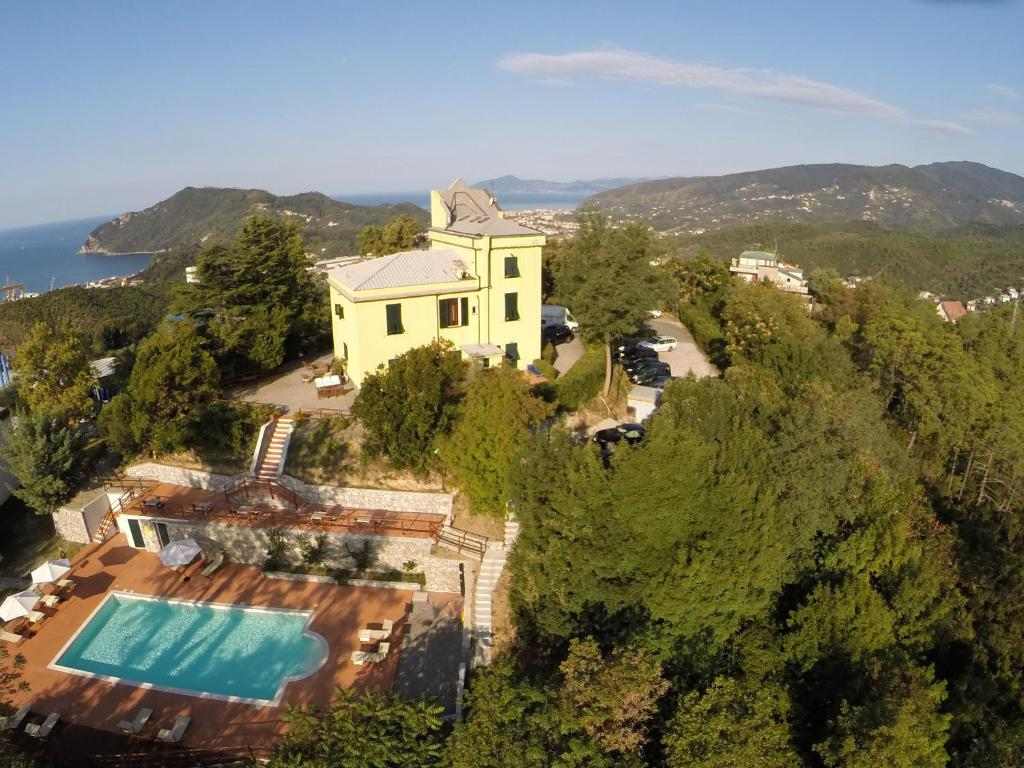 Hotel relais san rocco sestri levante italy for Reservation hotel italie