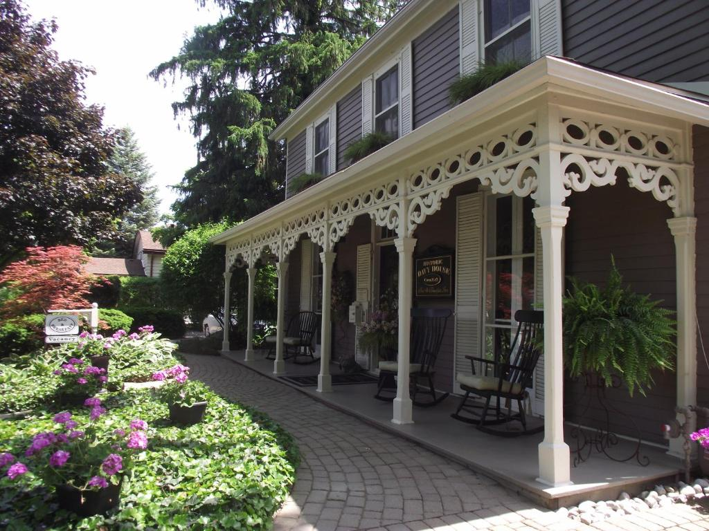 historic davy house bed & breakfast, niagara-on-the-lake, canada