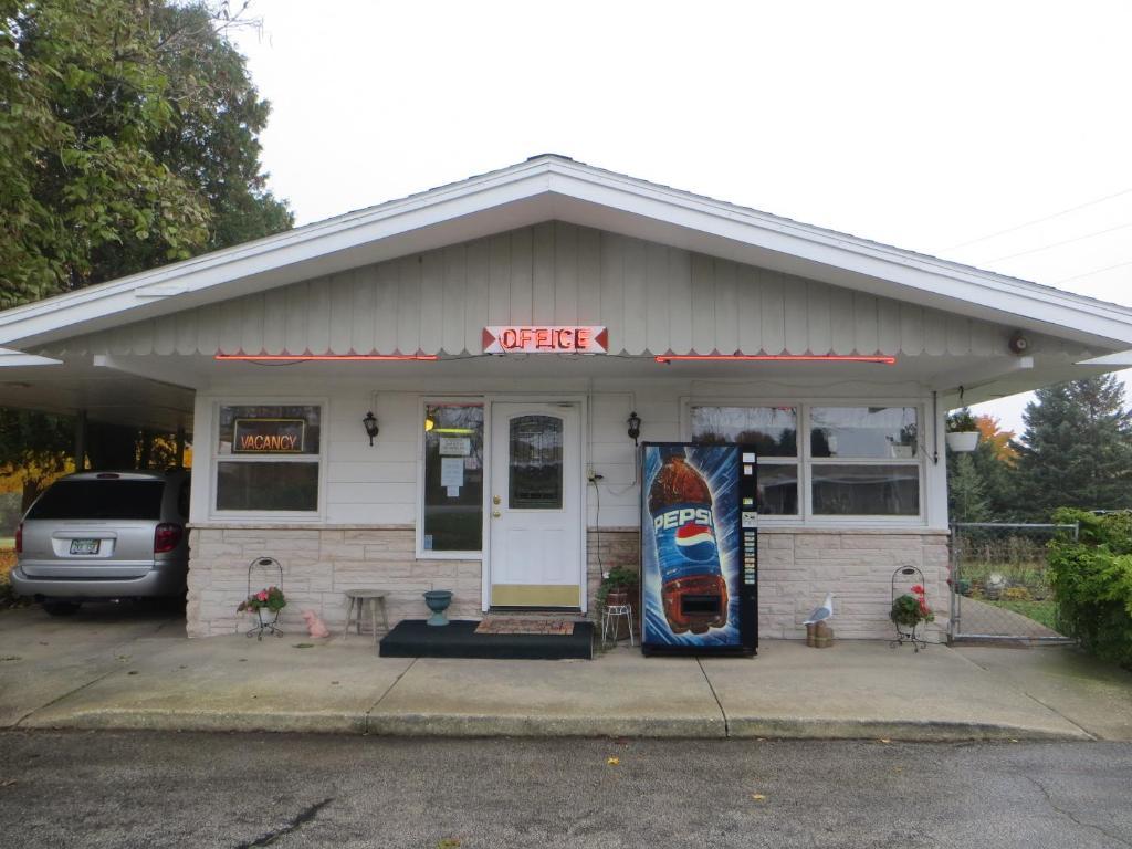 Gateway Motel Hart Usa Deals