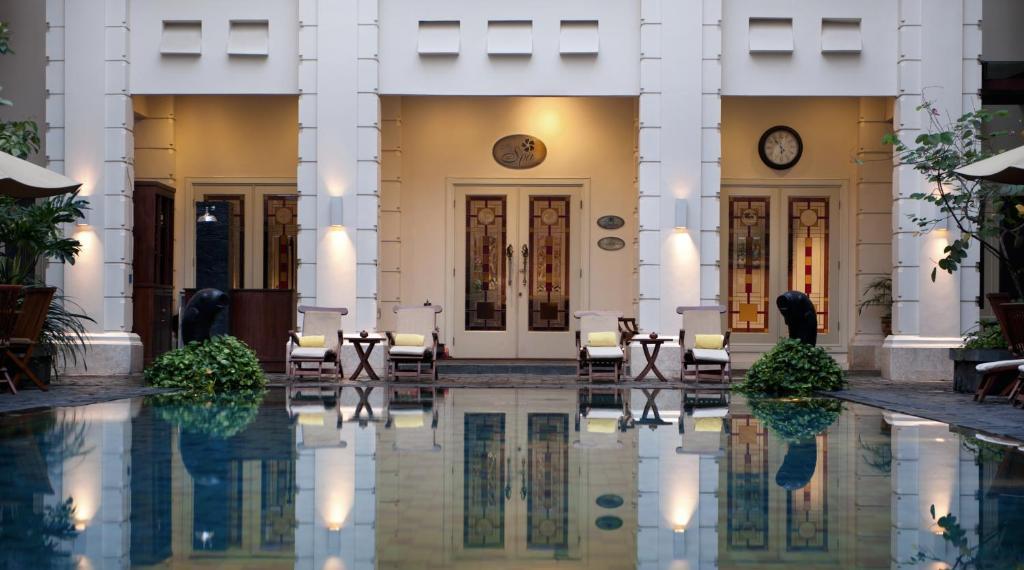 Hotel The Phoenix Yogyakarta Indonesia Booking Com